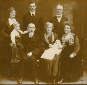 photo of johnston family